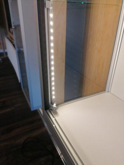 Wandvitrine Galaxie-1000 zilver met LED strips