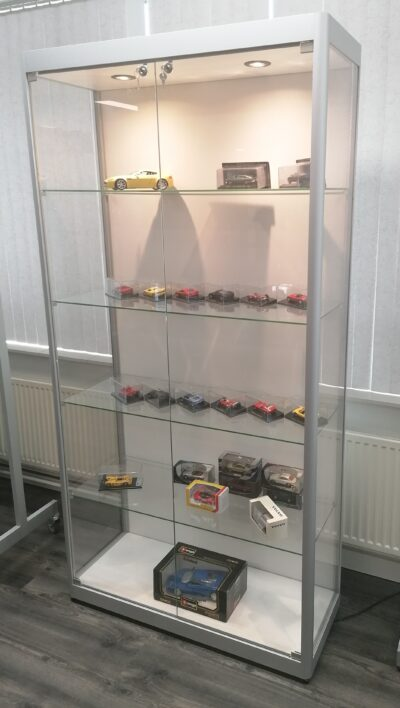 Vitrinekast Berlina 1000 zilver/wit