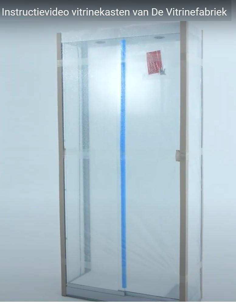 Instructie en productievideo's van onze vitrinekasten